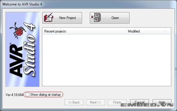 Màn hình khởi động AVR Studio 4